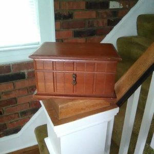 Storage & Organization - Musical Jewelry Box